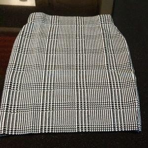 NWT Chaps Pencil Skirt